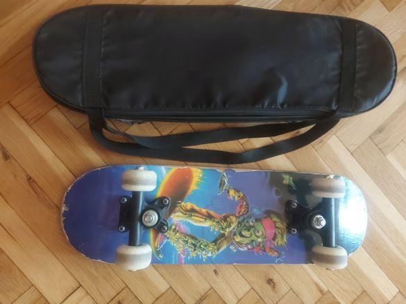 Скейтборд с калъф