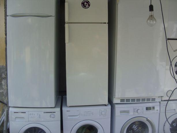 frigider /masina de spalat indesit //400 lei