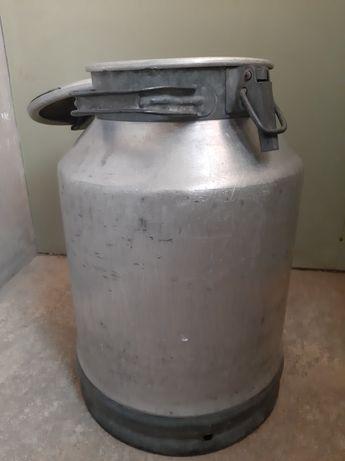 Продам флягу алюминиевую на 40 литров