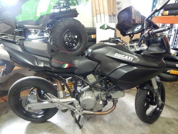 Мотоциклет дукати мултистрада 620 дарг(Ducati Multistrada 620)на части