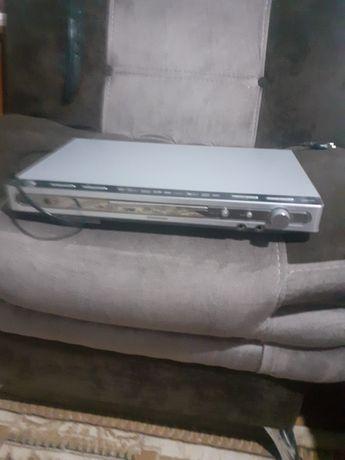 продам DVD дисковые и DVD видео кассеты