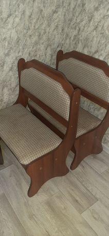 Мягкие скамейки, с отсеками для вещей
