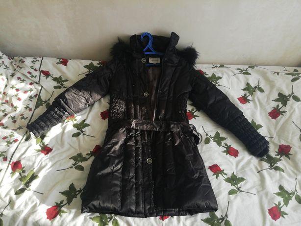 чёрная осенне-зимняя куртка