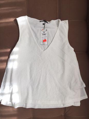 Нови с етикет Mohito, р-р ХS, комплект блузка и пола М р-р