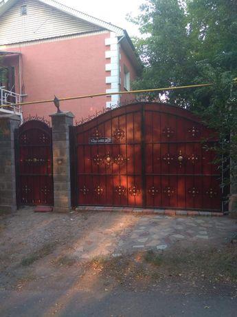 Продам 15 комнатный дом-425.4 м²,4.5 сотки