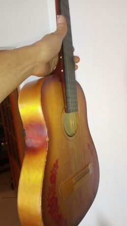 Гитара без торга 16000