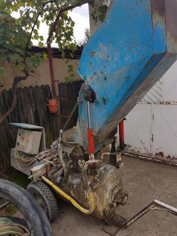 Pompă sapă mecanizată