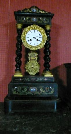 СуперУНИКАЛ ПОРТАЛпорцел/месинг супер рядък голям каминен Фр. часовник