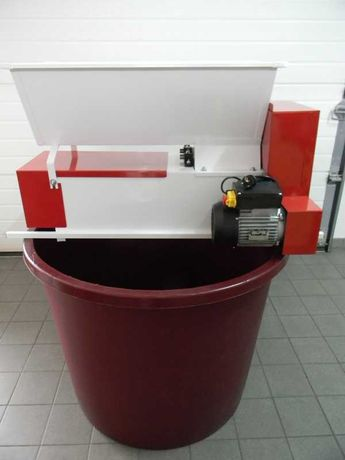 Zdrobitor Electric cu Desciorchinator ptr struguri ,ENO 15- Italia
