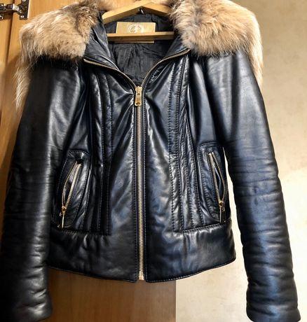 Натуральная кожаная куртка с мехом лисы