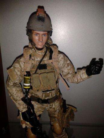Operator SEAL decoratiune cu echipament tactic, MK14 si casca figurina