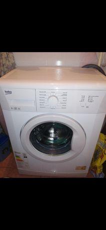 Продам стиральную машину Beko WKB 61001 Y