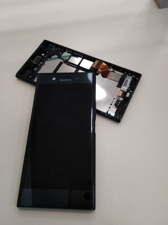 Дисплей с тъч / стъкло и рамка за Sony Xperia Z5 Premium Оригинал