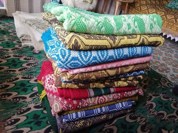 Тъкани автентични покривки за легла