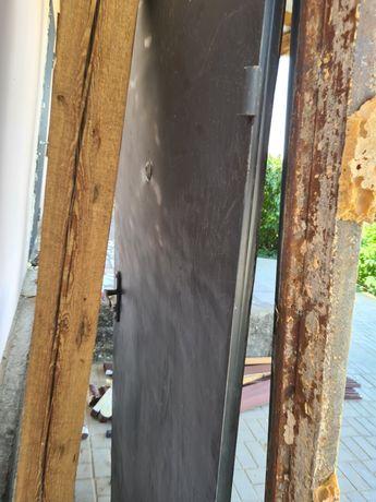 Дверь металлическая длина 210 ширина 95