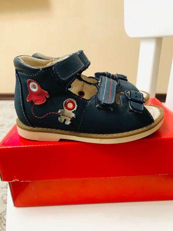 Детская обувь 23 р