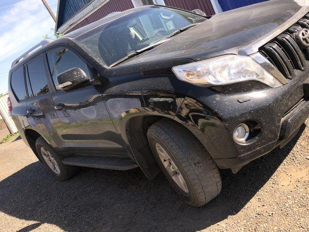 Продам внедорожник Toyota Land Cruiser Prado