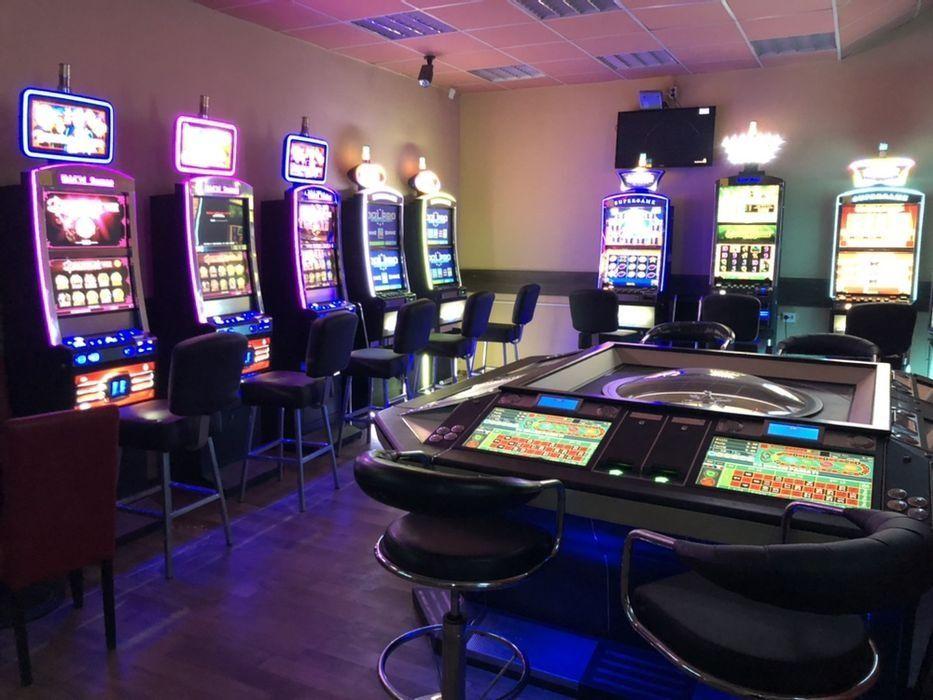 Inchiriere jocuri de noroc , AWP/ SLOT-MACHINE ,50/50 Slatina - imagine 1