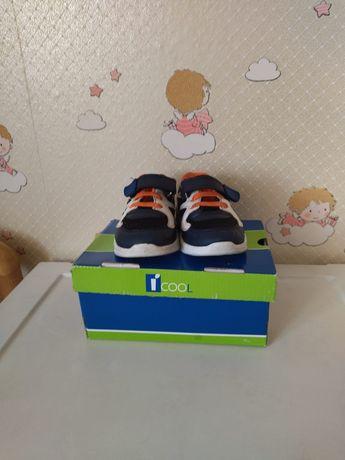 Продам кросовки бу