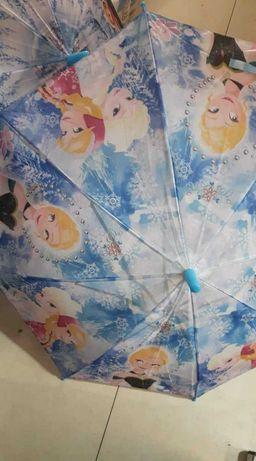 Детски чадъри с герой