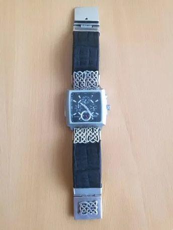 Ръчно изработена гривна от сребро и кожа в комбинация с часовник