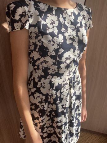 Продаю платье incity
