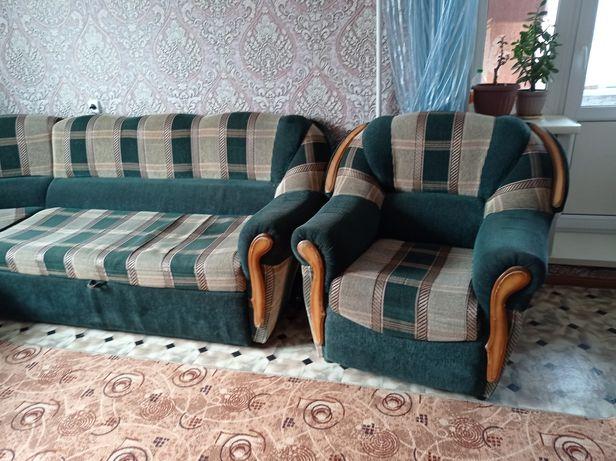 Продам не дорого угловой диван