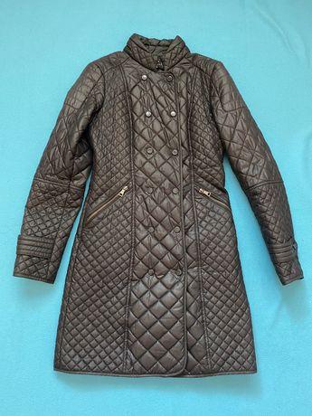 Стеганное пальто Zara стеганная куртка