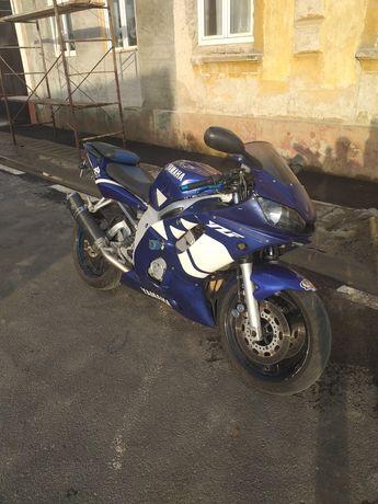 Yamaha r6 600cm 120cp