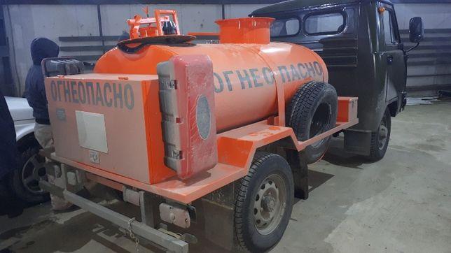 бензовоз (Автотопливозаправщик) УАЗ 1500 литров