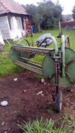 Vand grebla după cal sepate pune și după tractor