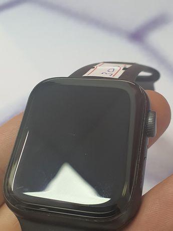 Часы Apple Watch 5 44mm/в идеальном состоянии