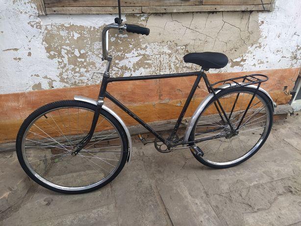 Продам взрослый велосипед колеса на 28