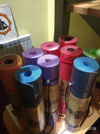 Продаю коврики для йоги и фитнеса