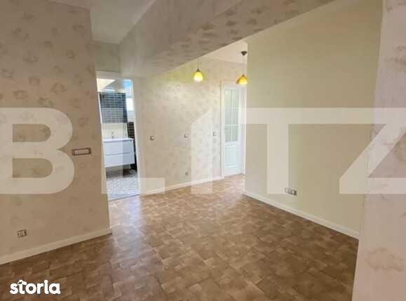 Apartament de vanzare, 4 camere, recent renovat, zona Mercur