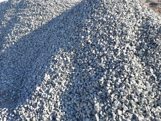 Продам щебень:4100тн; песок:1800тн.Автовеса,официально