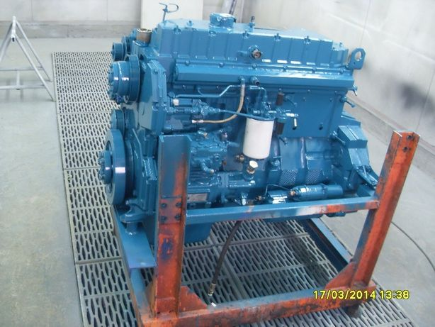 Motor Navistar International 250 CP electronic Euro 2