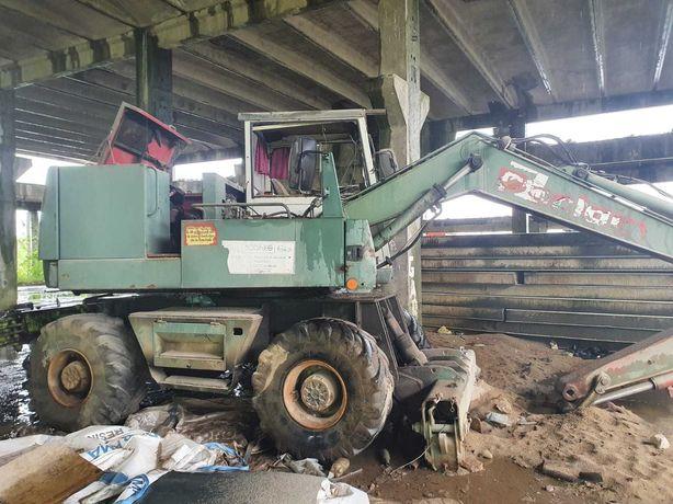 Dezmembrez Excavator Case Poclain 61 P