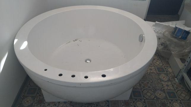 Ванна джакузи ванна