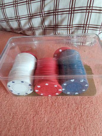 Vand 58 jetoane poker, clipsuri rosii,albe si albastre.Ploiesti.Trimit