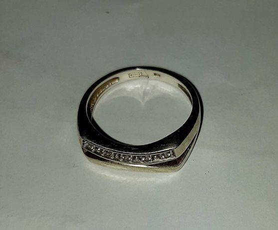 Vând inel de argint, 925