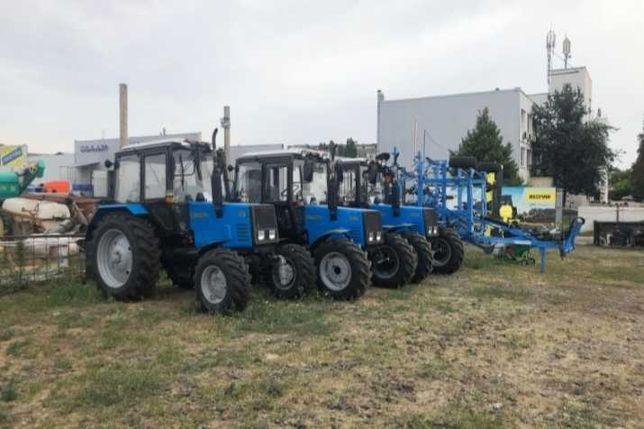 Продам трактор новей мтз все видь