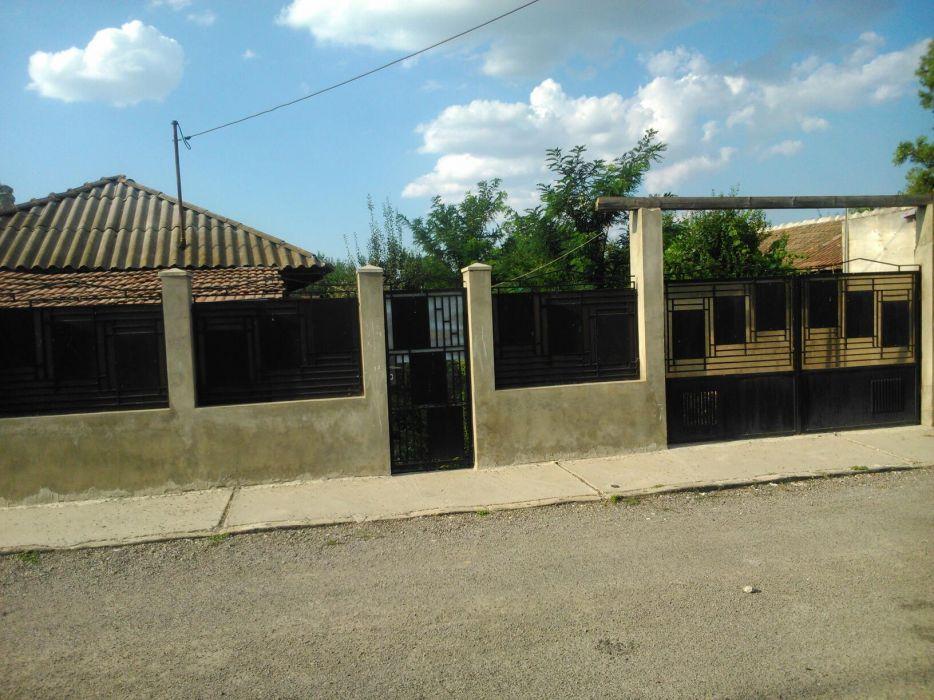 Casa de vânzare în Călărași Calarasi - imagine 1