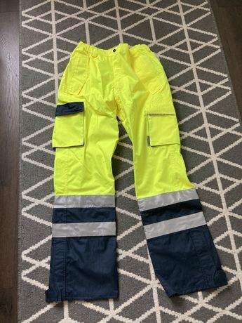 Pantaloni salopeta protectie