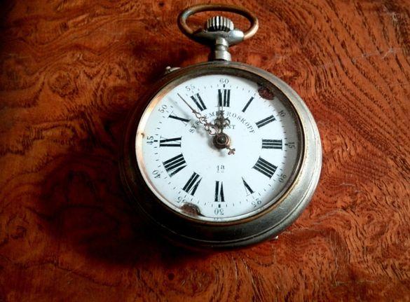 Часовници и др старинки