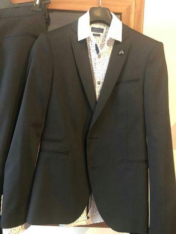 Costum barbat ZARA +cămașa bonus