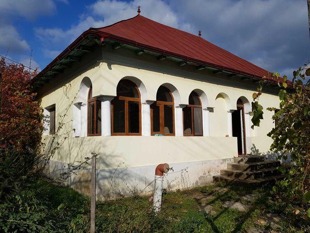 Casa,proprietate in Arges,Costesti Valsan.3700m² arabil si livada
