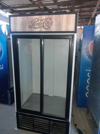 Vitrina frigorifica/vitrine frigorifice/lada / congelator