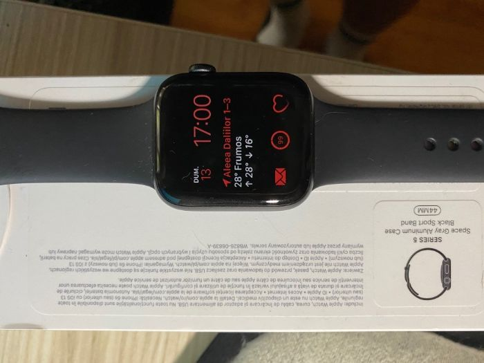 Apple Watch Seria 5 GPS Resita - imagine 1