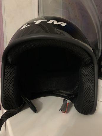 Мотоцикольный шлем